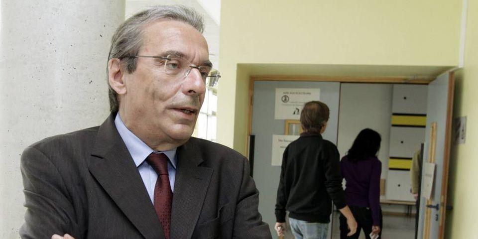 Roland Ries veut brider ses élus sur Facebook et Twitter