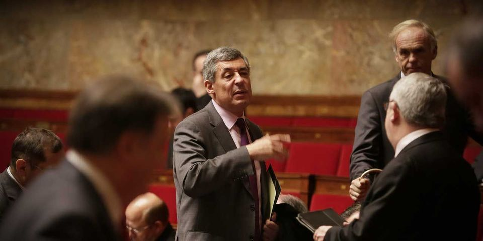 Sanctions contre Julien Aubert : 140 députés UMP cosignent la tribune d'Henri Guaino