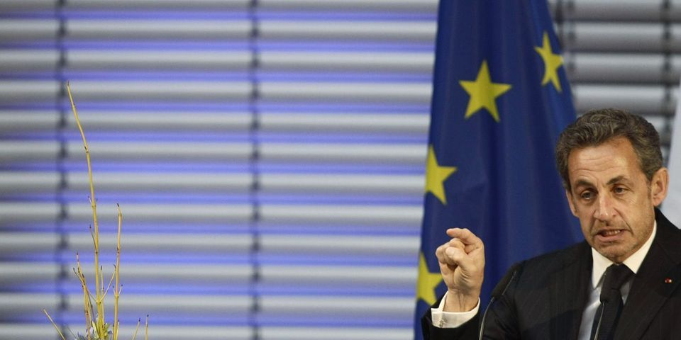 """Sarkoleaks : Sarkozy """"furieux"""", un """"viol"""" pour Henri Guaino, les réactions politiques aux enregistrements volés de Patrick Buisson à l'Elysée"""