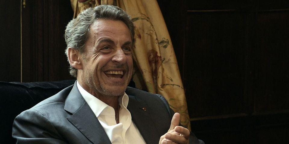 """Sarkozy attaque Hollande : """"Une femme qu'on aime, on ne la traite pas comme une maîtresse"""""""