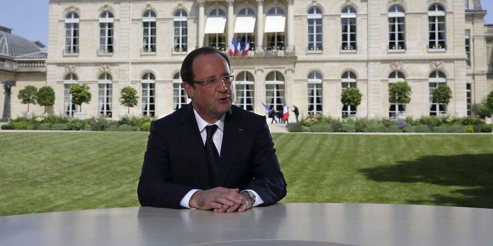 """Selon François Rebsamen et Stéphane Le Foll, François Hollande s'exprimera très bientôt à la télévision """"pour s'expliquer"""""""