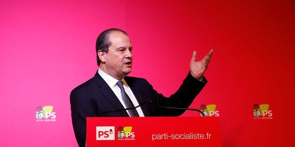 Sous pression, le PS rappelle à ses élus qu'ils doivent parrainer Benoît Hamon