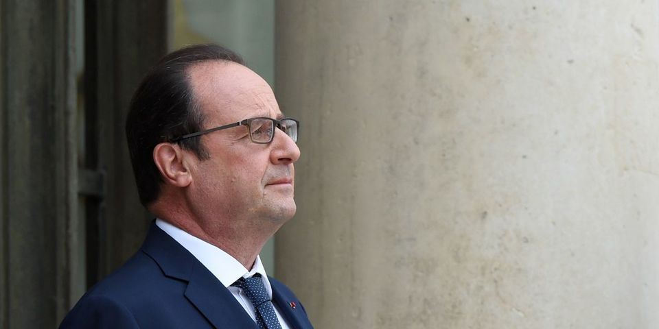 """Thalys : Hollande veut """"distinguer"""" les """"Américains et Français"""" qui sont intervenus, """"mais la manière n'est pas décidée"""""""