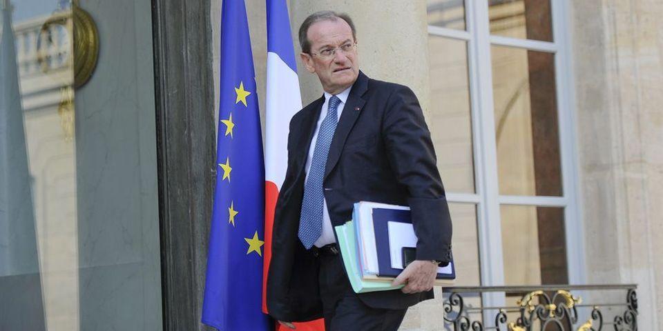 Un élu PS, président du conseil général du Gard, décoré de la légion d'honneur par le directeur de cabinet de Nicolas Sarkozy