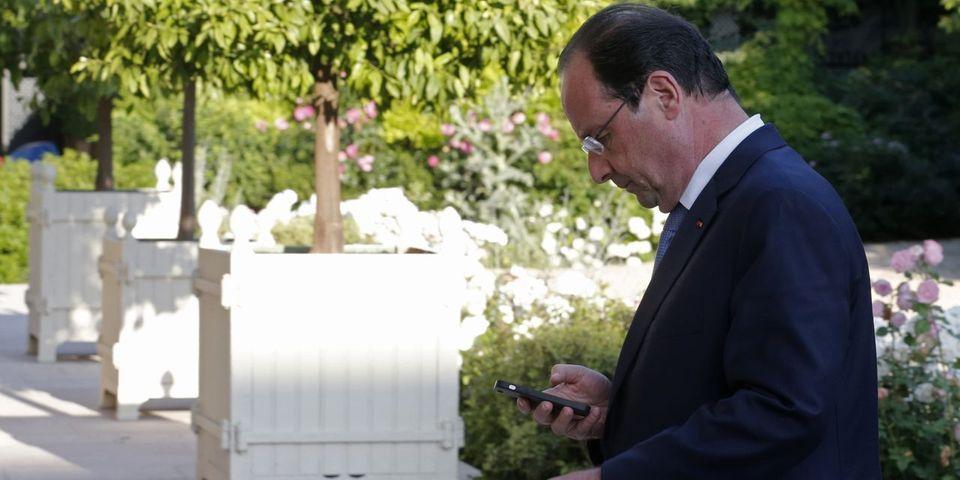Une réunion de crise à l'Elysée en 2013 pour évoquer ... les SMS intempestifs de François Hollande