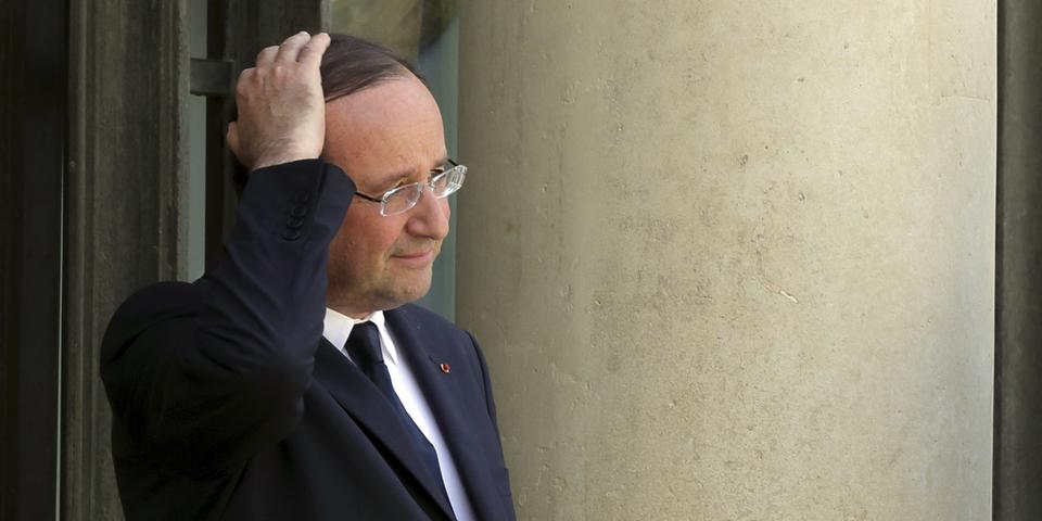 """Hollande surnomme les gens pauvres """"les sans-dents"""" selon Trierweiler"""