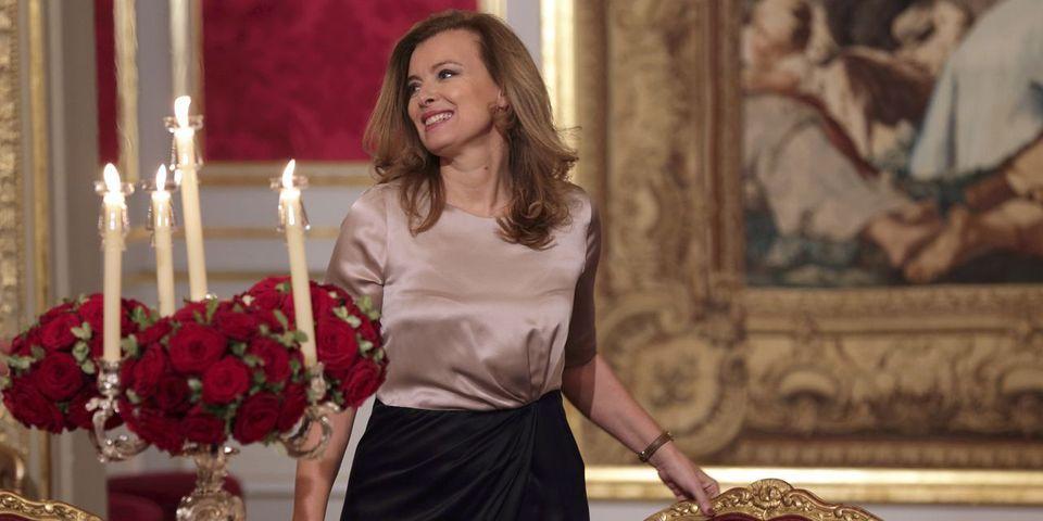"""Valérie Trierweiler va devenir millionnaire grâce à """"Merci pour ce moment"""", selon """"Le Figaro"""""""