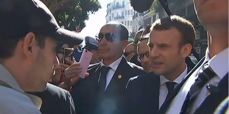 """VIDÉO - En Algérie, Macron s'étonne qu'un jeune de 25 ans """"l'embrouille"""" avec la colonisation"""
