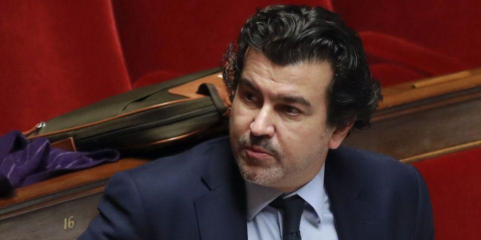 """VIDÉO - Le député LR Nicolas Dhuicq dément avoir dit qu'Emmanuel Macron est soutenu par """"un riche lobby gay"""" tout en le répétant"""