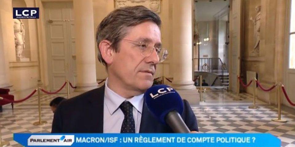 """VIDÉO - Le député UDI Charles de Courson s'interroge sur la déclaration de patrimoine d'Emmanuel Macron et un """"prêt personnel bizarre"""""""