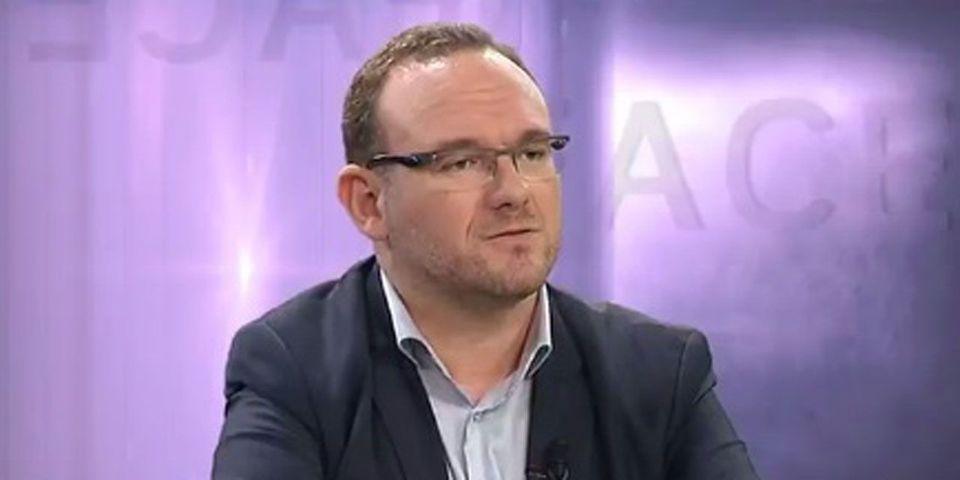 """VIDÉO – Pour son porte-parole, Bruno Le Maire est """"le seul à avoir un avenir politique après cette élection"""""""